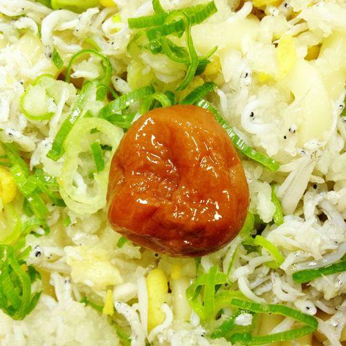 昼食。梅干としらすのうどん。 Eyeem Food