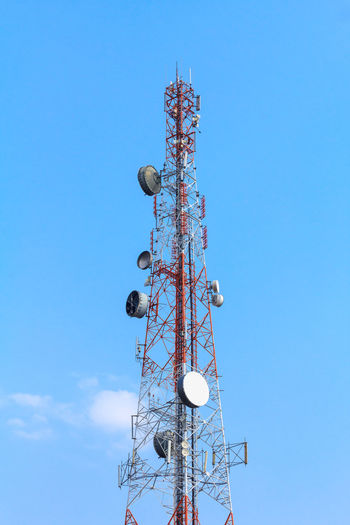 Telecommunication, Cellular or Radio antenna tower in blue sky background for Industrial energy power, network technology, digital data transport and communication concept idea design. Radio Wave Antenna - Aerial Anterselva Blue Broadcasting Cellular Tower Clear Sky Communication Connection Data Global Communications Internet Low Angle View Metal Mobile Phone Satellite Dish Tall - High Technology Telecommunication Telecommunications Equipment Telephone Television Industry Tower Wireless Technology