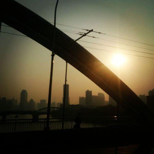 廣州.晨.