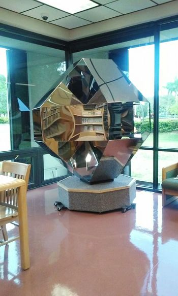 Your Disign Story Library Booktime Book Collections Table And Chair Sculpture Design Interior Eyeemphoto