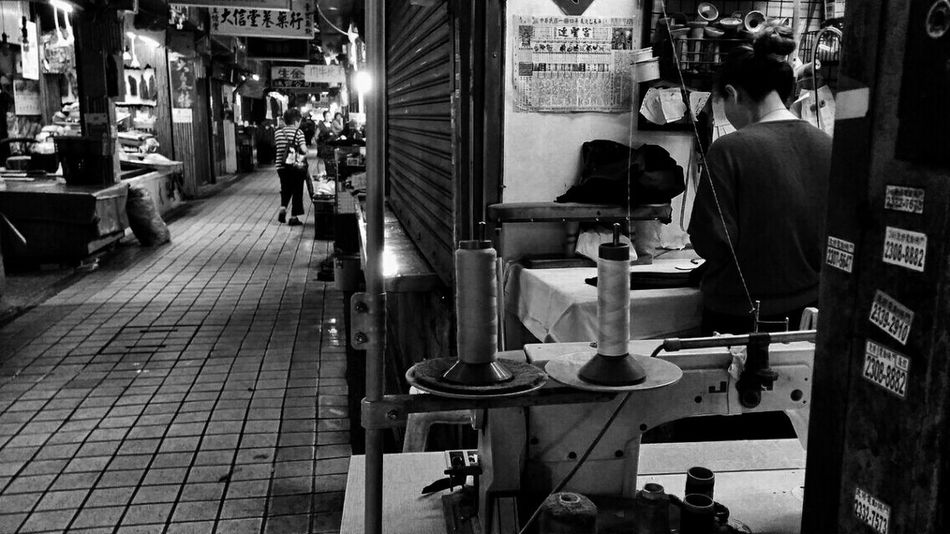 Peoplephotography Black&white Eye4black&white  Streetphoto_bw Streetphotography Market EyeEm Taiwan Eyeem Meetup Taipei The View And The Spirit Of Taiwan 台灣景 台灣情 B&w Street Photography My Best Photo 2015