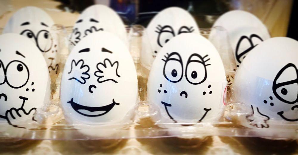 Ostern kommt 😀 Indoors  No People Easter Easter Ready Easter Eggs Flummies Gummi Ei