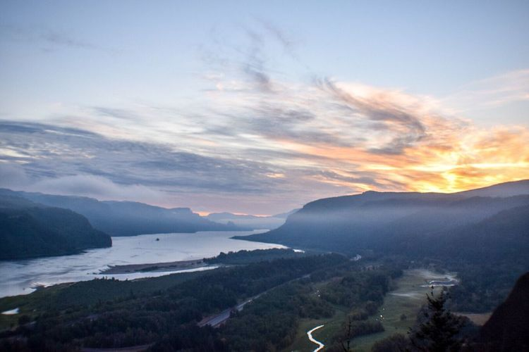 My Favorite Place the columbia river gorge Vista House At Crown Point watching the sunrise my favorite thing I've done all year so far