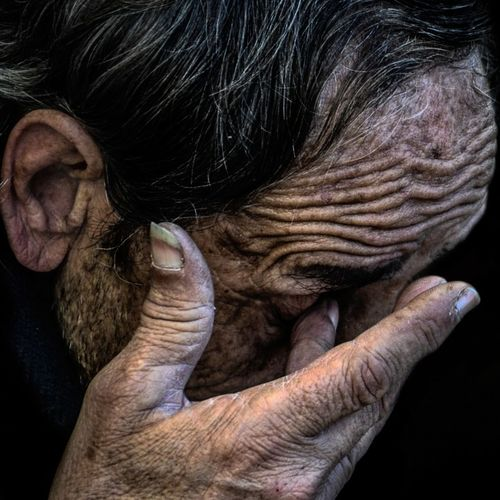 Anonymous portrait... Human Hand Only Men Adult Human Body Part Human Skin Pain EyeEm Best Shots Mature Adult Human Representation Human Lips Street Portrait Contemplation The Human Condition Exhibition Exhibit Art Photographic Photograph Photographer Gallery Visitor Watchers Watch See Look Looking Private Public Blurred Blur Out Of Focus Photography Documentary Reportage Street Wrinkled Beauty Arts Culture And Entertainment Touching People Streetphotography RePicture Ageing Portrait Real People Human Face Beard