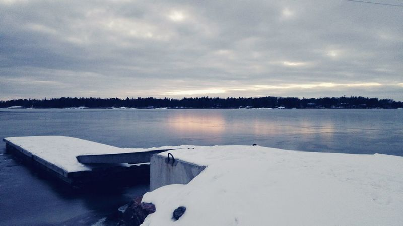 Nature Water Reflection Tranquility Beauty In Nature Outdoors Scenics Sky Day Finland Helsinki Huawei Honor6 Winter Sea