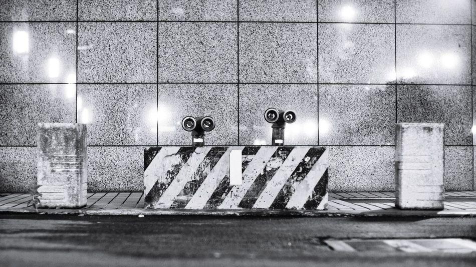始終相信外星人存在於地球。 Believe Alien Wall E ET on Earth 。 Taking Photos Hello World Relaxing Enjoying Life From My Point Of View Streetphotography EyeEm Best Edits EyeEm Best Shots EyeEm Gallery Blackandwhite B&w B&w Street Photography I Love My City Taiwan Taipei The View And The Spirit Of Taiwan 台灣景 台灣情
