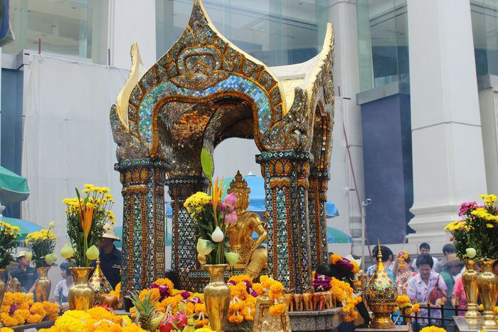Thailand Statue Culture Golden Photography Crowd Gold FourFacesBuddha Buddha Ritual Throwback Travelling
