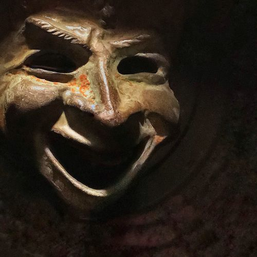 Archaic Smile Representation Close-up No People Human Representation Indoors  Bone  Spooky Disguise Art And Craft Halloween Still Life Human Skeleton Mask - Disguise Creativity Single Object Mask Skeleton History