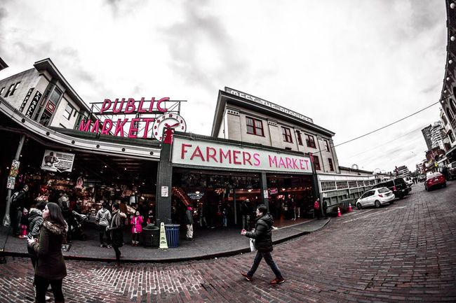 Farmers market, Seattle Washington. Text Building Exterior Architecture Built Structure Communication Sky Walking Outdoors Day Large Group Of People Real People City Men Adult People Adults Only Seattle, Washington Seattle Waterfront