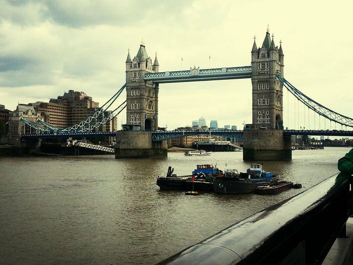 Taking Photos Traveling Holiday Starting A Trip London Tower Bridge