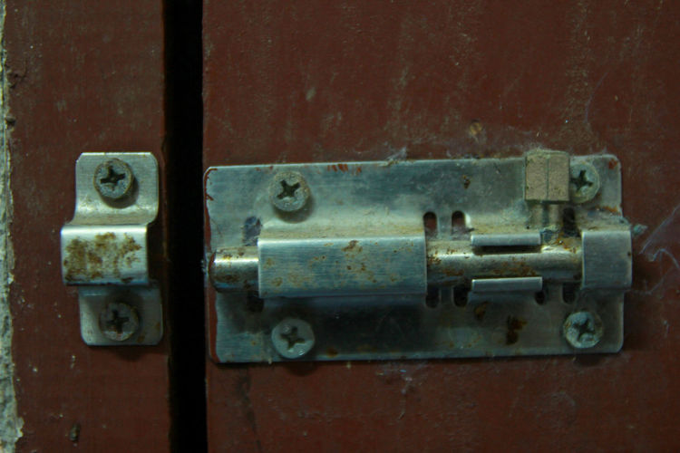 Metal Close-up No People Old Rusty Indoors  Entrance Latch Connection Door Safety Security Selective Focus Lock Protection Focus On Foreground Technology Backgrounds Day Abandoned Power Supply