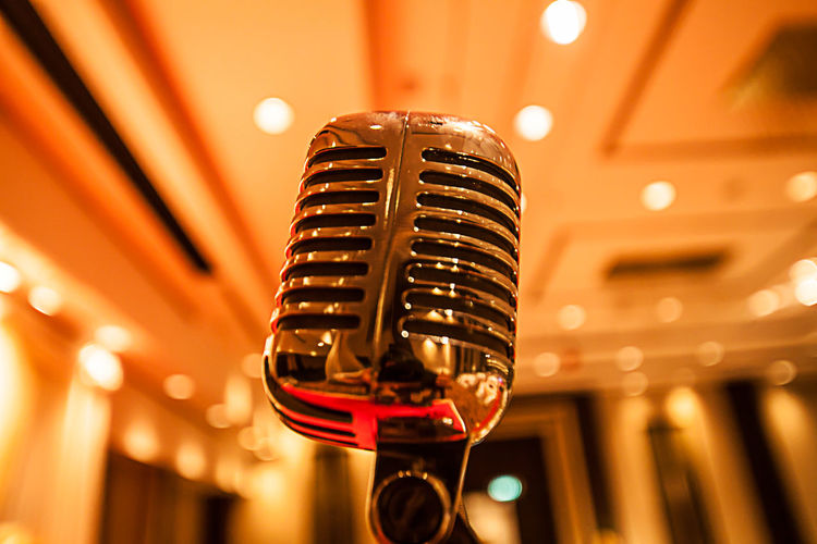 Popular Music Concert Microphone Nightlife Singing Music Performance Arts Culture And Entertainment Stage - Performance Space Performing Arts Event Illuminated Microphone Stand Sound Recording Equipment Singer  Sound Mixer Producer Speaker Karaoke Blues Music Jazz Music Rock Music Audio Equipment