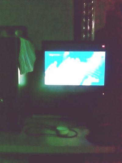 watching taetiseo. haha~ Hanging Out