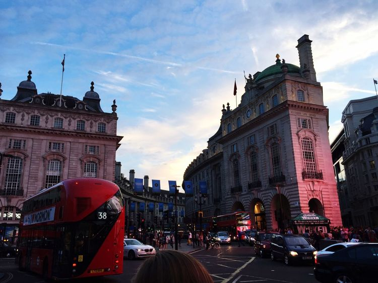 🇬🇧💷🌇 Piccadillycircus London Centrallondon Streetphotography Street