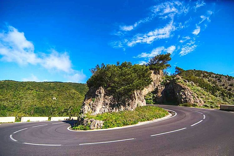 Road Transportation Blue Sky The Way Forward Road Marking Tree Empty Country Road Cloud Landscape Tranquil Scene Mountain Countryside Long Plant Scenics Tranquility Solitude Day Corner