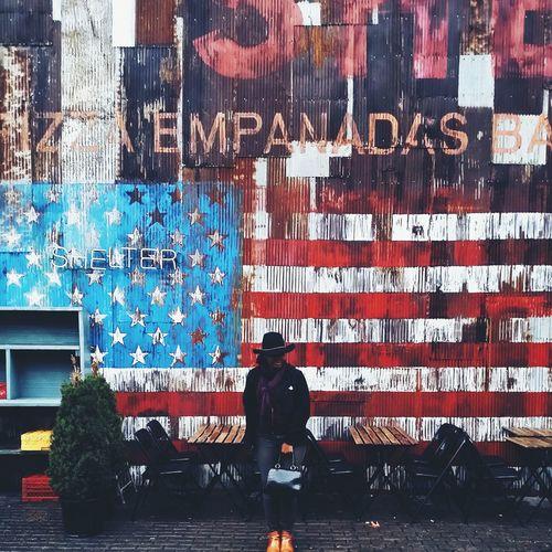 Open Edit Portrait Of America Photography Colors Streetphotography Portrait Of A Woman Abrilliantdummy The Street Photographer - 2015 EyeEm Awards The Portraitist - 2015 EyeEm Awards
