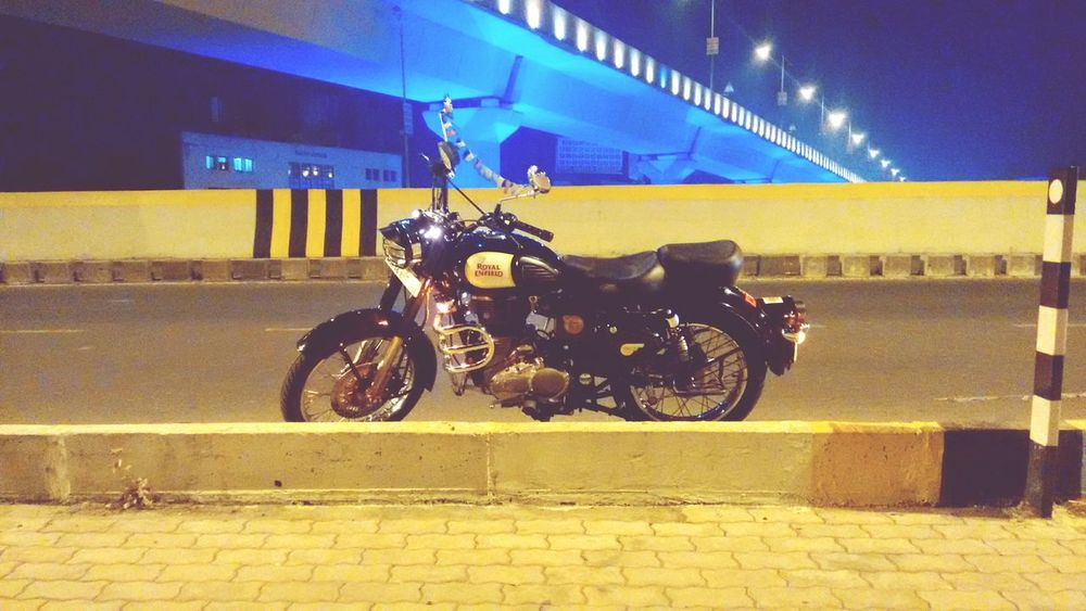 Classic 350  Royal Enfield 1901 First Eyeem Photo