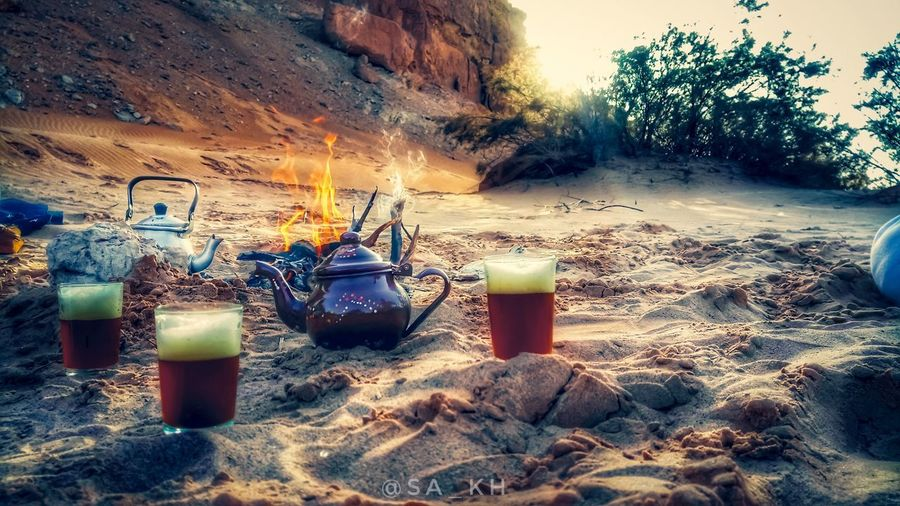 Sahara Of Algeria Desert Life Desert Thé Vert à La Menthe Fire Sable No People Bottle Sand Day Outdoors Drink