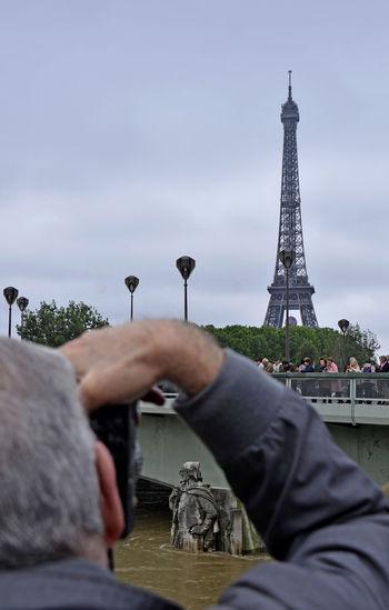Capital Cities  City Eiffel Tower Flooding La Seine Paris, France  Pont Des Arts River Zouave De Paris