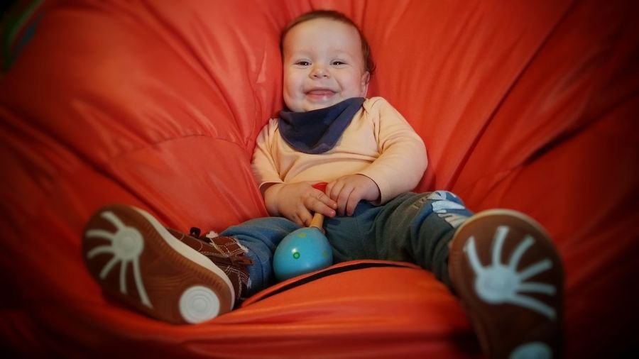 smile please Baby Smile Look At Camera Babyhood One Baby Boy Only 0-11 Months Pacifier Babies Only Baby Clothing Lying On Back
