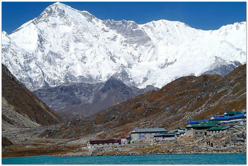 Landscapes With WhiteWall Cho Oyu Nepal Himalaya Gokyo Lake Gokyo Alm Ngozumba Peak Streamzoofamily