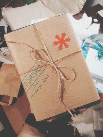 Celebration Close-up Gift No People Brown Paper Day Indoors  Nameday Book Maze Runner Lieblingsteil