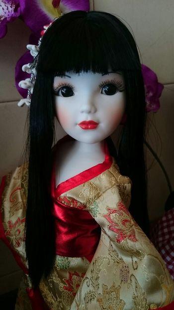 Oriente en una muñeca Muñeca Oriente Oriental Kimono