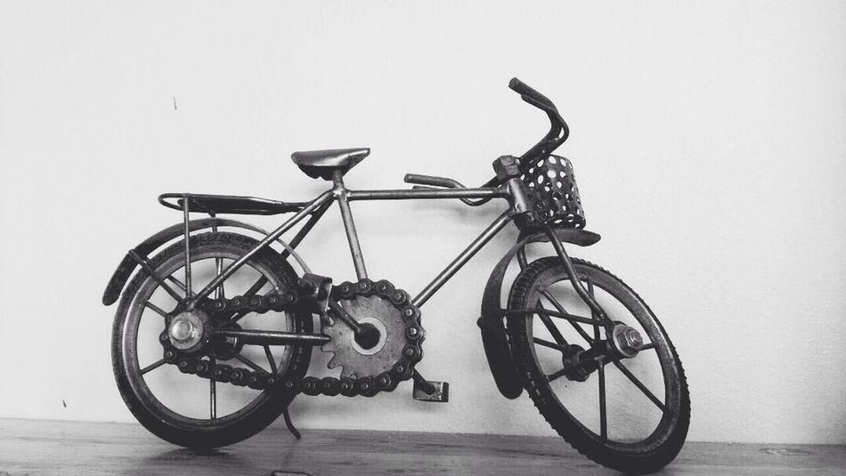 Bikecycle Black & White Classic