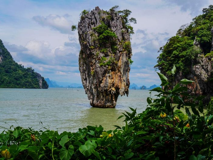 James Bond Island, Thailand Karstic Holiday Rural Scene Landscape Travel Traveling Landscape_Collection Landscapes Beauty In Nature Nature Nature_collection Naturelovers Nature Photography EyeEm Nature Lover Eye4photography  EyeEm Best Shots Thailand James Bond Island EyeEm Gallery EyeEm Nature Lover Phuket Tree Water Sea Sky Plant Cloud - Sky Rock Formation Physical Geography Natural Landmark