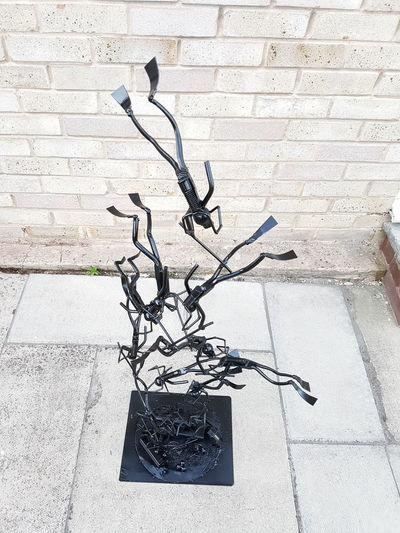 REPAINTED Pliers. Sculpture Garden Made By Hand Forged In Fire Divers Close-up