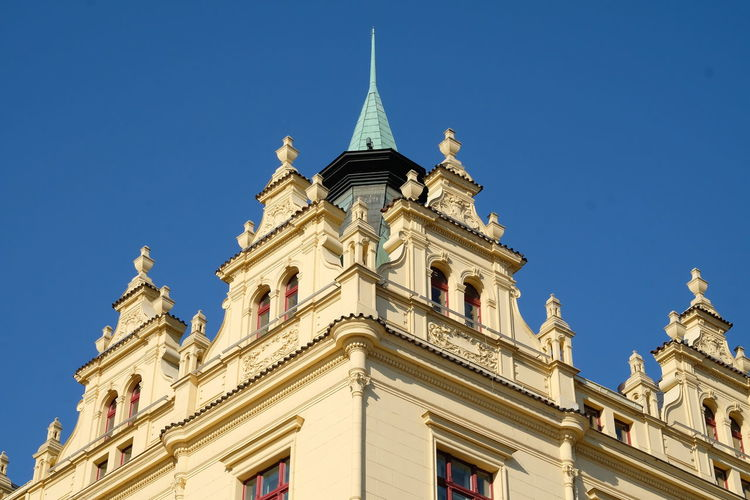 Building Exterior Architecture Built Structure Low Angle View Sky Building Clear Sky No People Nature The Past History Blue Day Travel Destinations Outdoors Window Sunlight Belief Religion Place Of Worship Ornate Spire