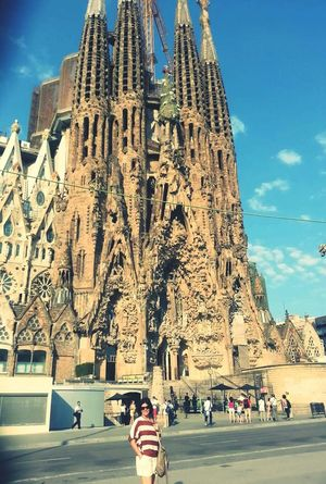 Arşivimden Temmuz/2013... Sagrada Familia Sagradafamilia Sagradafamila SagradaFamiglia SagradadeFamilia La Sagrada Familia Gaudi Gaudi #barcelona Gaudi Barcelona Spain♥ Barcelona Bazilika