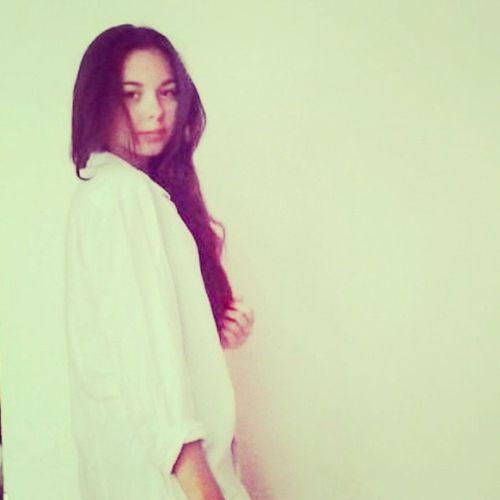White Smile Brown Eyes andhairboringlazydayhothotfollowfollowmeinstagoodinstapicinstalovetags4likesyoloforeveryoung : )))))