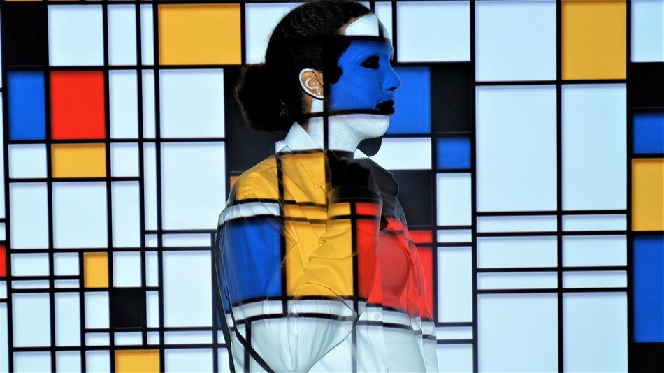 Colors Fun Mondriaan Style Piet Mondrian Art Beamer Multi Colored One Person Projection Projection Screen Schoolproject Standing
