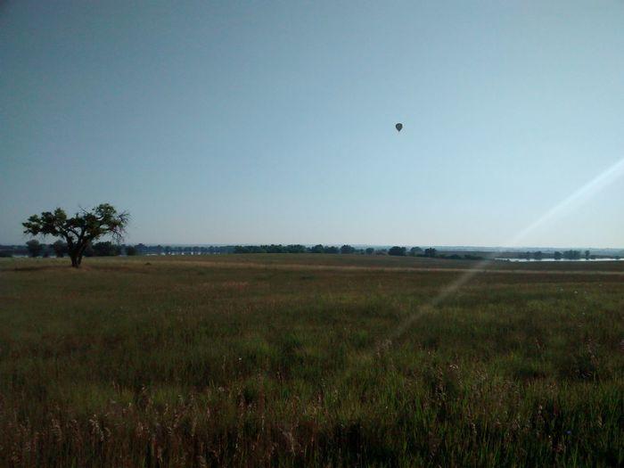 Solo Ballooner Taking Photos Enjoying Life Travel Landscape