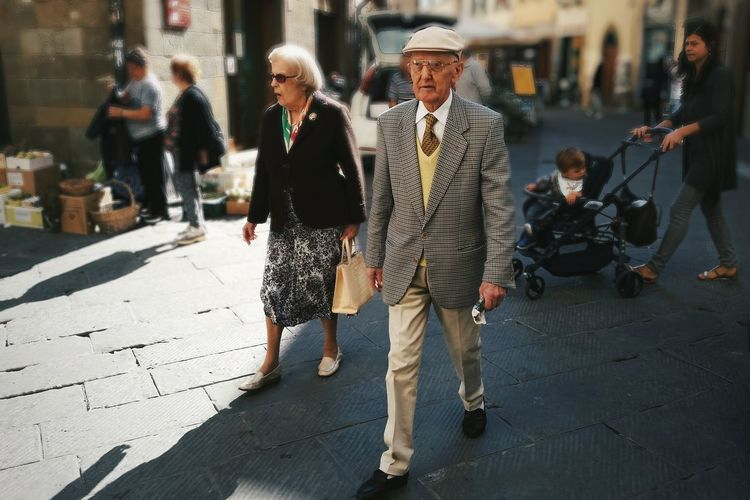Fashion Doesn't Know the Age Italy Streetphotography Street Photography Street Fashion Outfitoftheday Full Length Adult Lifestyles People Day Outdoors Togetherness Real People City Women