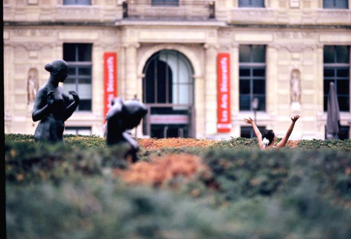 Building Exterior One Person Bride Wedding Shooting Paris, France  Le Louvre Statues Contradiction Built Structure Day Analogue Photography Believeinfilm Minolta Dynax 7