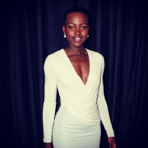 Am ready @Lupita_Nyongo. Let's get marries today, right now. She doesn't even have to try y'all! Beauty Raw LupitaNyoongo