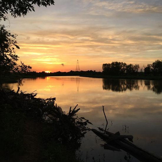Sunset Reflection Cloud - Sky Riverbank Cat Fishing Relaxing Moments