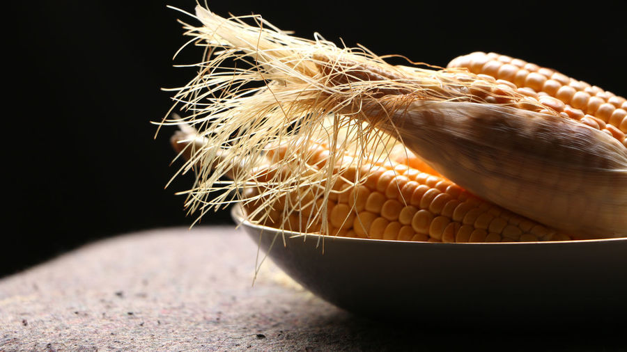 Raw Corn macro close up shot Agriculture Cereal Cooking Farm Natural Nature Raw Vegetarian Corn Country Side Fields Food Fresh Grain Harvest Healthy Husky Nutrition Nutritious Organic Popcorn🌽👌 Sweetcorn Vegetable Yellow