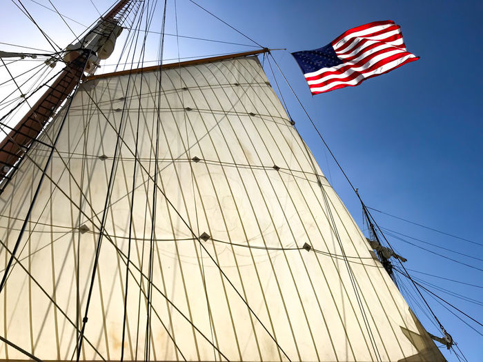 Old Boat Sailing Ship Star Of India, San Diego, California, Tall Ship Blue Sky Flag History Looking Up Low Angle View Main Sail Mast Nature Nautical Vessel Outdoors Patriotism Rigging Sail Sailboat San Diego Maritime Museums Sky