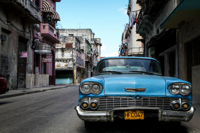 Architecture Blue Building Exterior Built Structure City Classicos Clear Sky Cuba Day No People Old-fashioned Outdoors Street Street Photography Streetphotography Transportation
