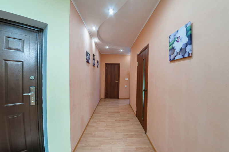 Architecture Door Entrance Indoors  Building Corridor Arcade Wall - Building Feature Built Structure No People Flooring Empty Ceiling Direction Home Interior The Way Forward Illuminated Communication Bathroom Tiled Floor