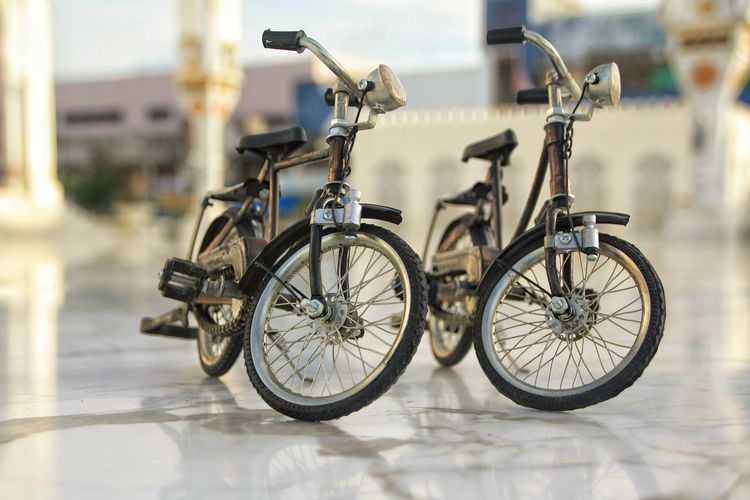 Aceh Bicycle Transportation Mode Of Transportation Land Vehicle Stationary Focus On Foreground Day No People City Architecture Parking Outdoors Street Travel Selective Focus Built Structure Sunlight Wheel Building Exterior Nature