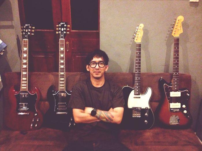 Fender X Gibson