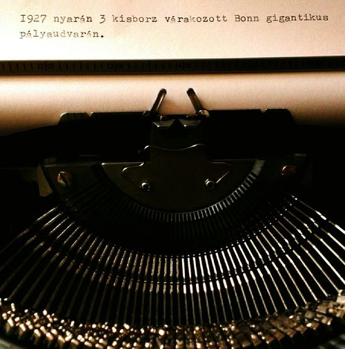 Brother Deluxe 220 Typewriter Storytelling My Story One-sentence-creative-storytelling Meditation Railway Railwaystation Mobile Photography