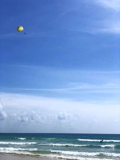 Beach Beauty In Nature Blue Cloud - Sky Horizon Horizon Over Water Nature Parachute Parasailing Sea Sky Water