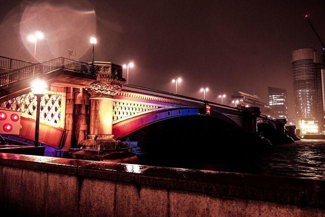 Blackfriars Blackfriars Bridge Shotoftheday EyeEm Gallery LONDON❤ London Raining Bridge Bridge - Man Made Structure Thames Thames River