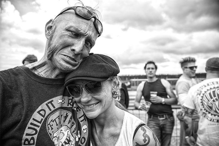 Check This Out Hello World Street Portrait Blackandwhite Portraits Black & White Rock'n'Roll Taking Photos Race61 The Portraitist - 2016 EyeEm Awards