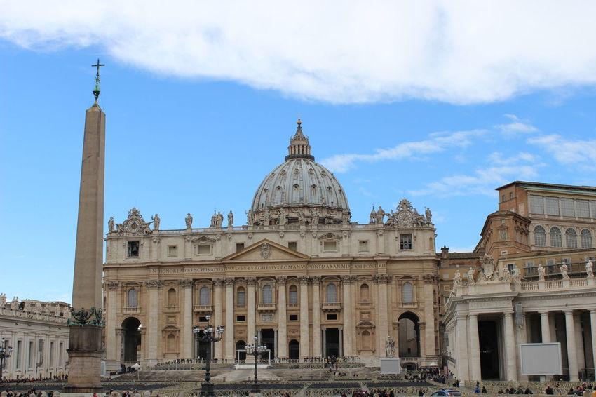 Architecture Basilica Di San Pietro Basilica Di San Pietro In Vaticano Built Structure Day Outdoors San Pietro In Vaticano Sky Travel Destinations